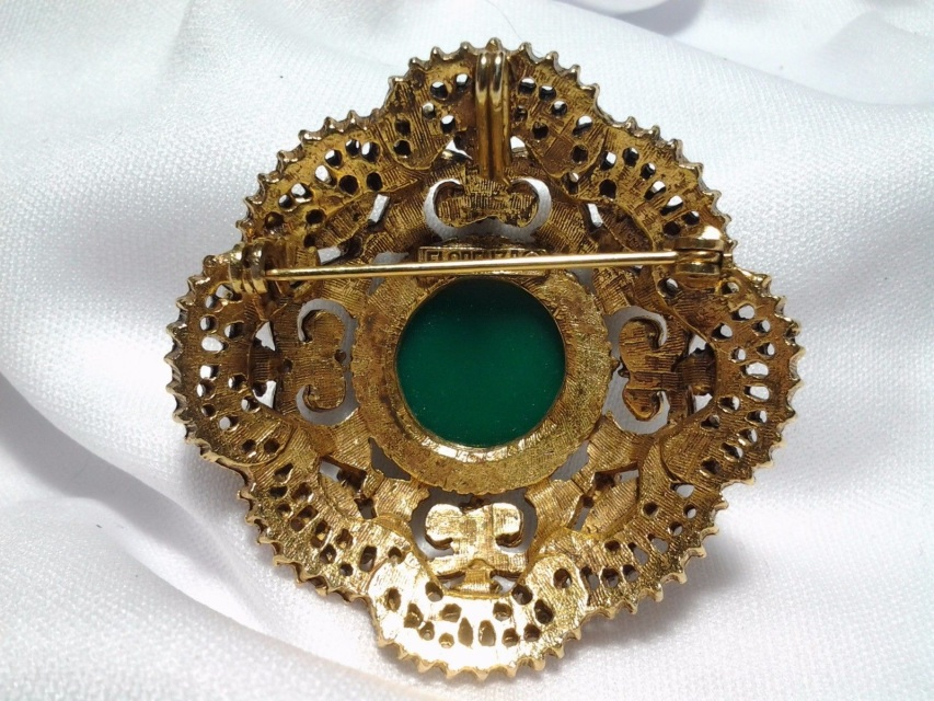 Gold Florenza Emerald Green Raised Dome Pearl Rhinestone