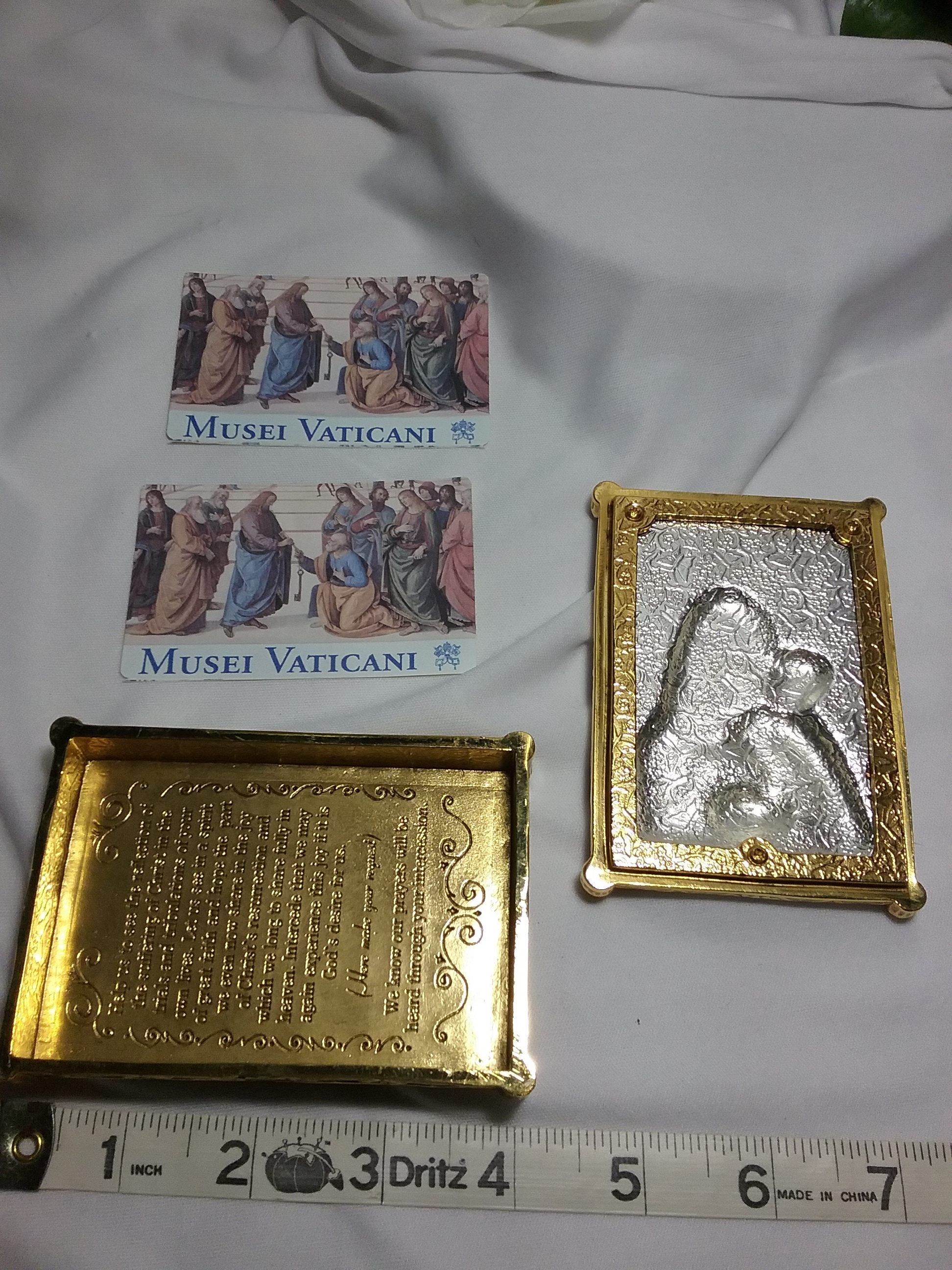 Vatican Library Collection Rosary Crystal Box