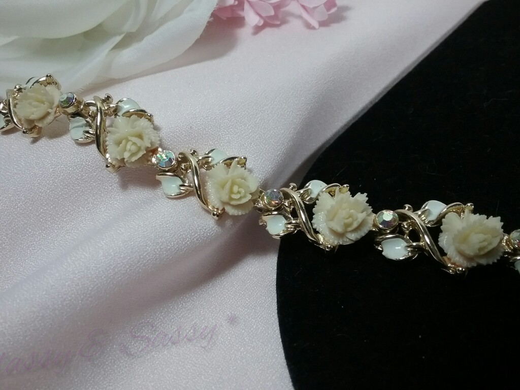 Gold Carved Rose Flower Enamel Rhinestone Bridal Chain